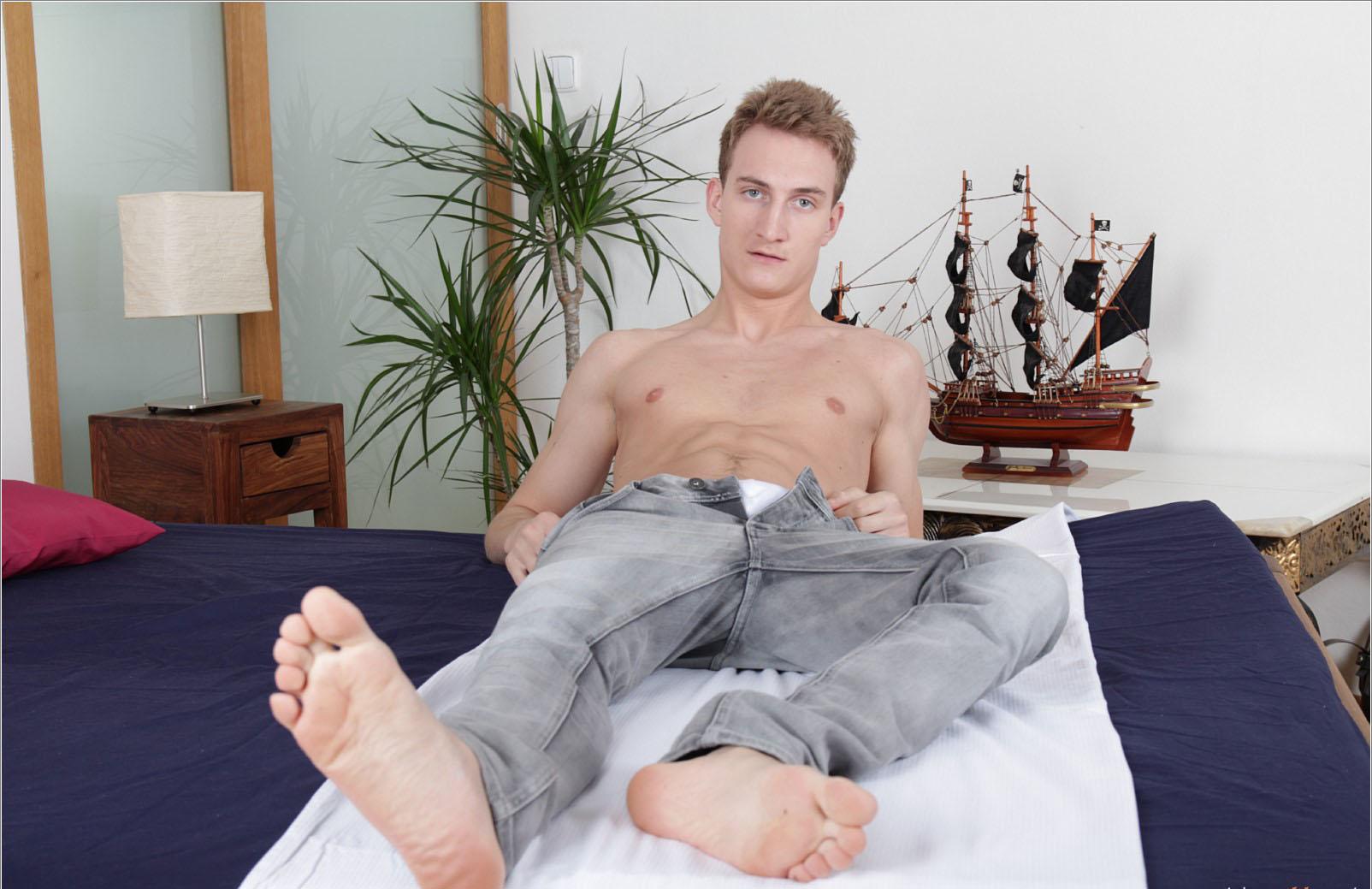 escort boy gay alsace gay mec com