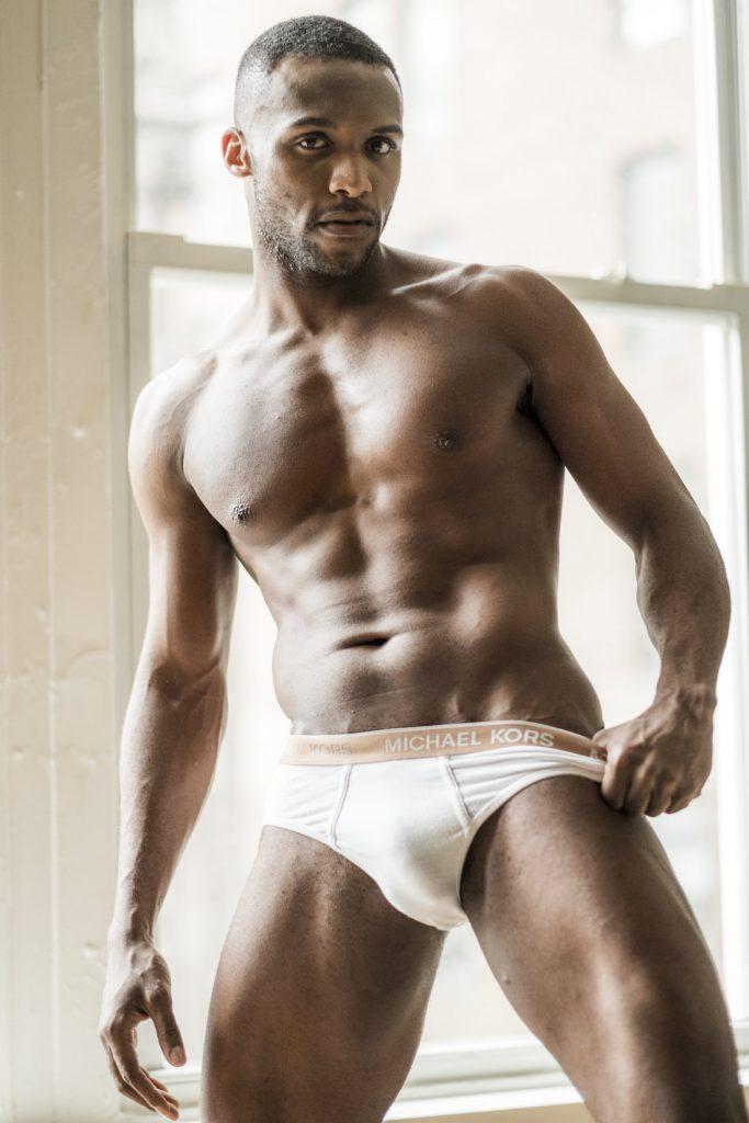 Métis gay originaire de la Martinique